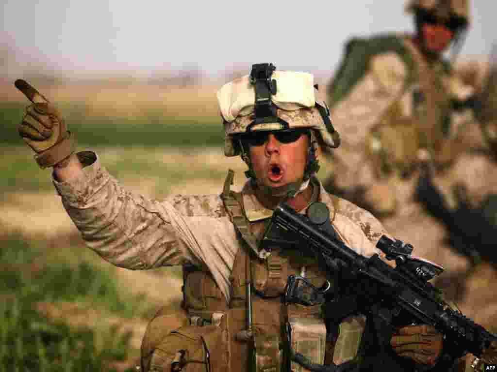 Аўганістан: амэрыканскі марскі пехацінец падчас вайсковай апэрацыі супраць талібаў
