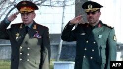 Իրանի և Ռուսաստանի պաշտպանության նախարարներ Հոսեյն Դեհքանի և Սերգեյ Շոյգուի հանդիպումը Թեհրանում, 21-ը հունվարի, 2015թ․