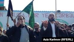 Баку. Участники протеста в поселке Нардаран