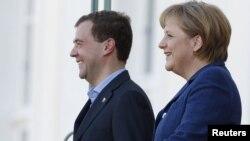 Дмитрий Медведев и Ангела Меркель