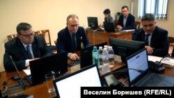 Сотир Цацаров, Лозан Панов и Данаил Кирилов по време на заседанието на Пленума на ВСС в понеделник