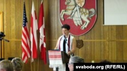 Перад дэлегатамі выступае старшыня ЗБК Валянціна Шаўчэнка