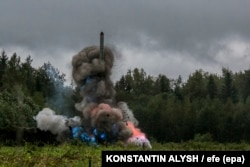 """Ракета малой дальности действия """"Искандер"""", которая может угрожать целям нв территории Восточной Европы"""