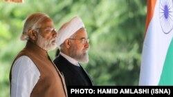 استقبال رسمی حسن روحانی رئیس جمهوری ایران از ناندرا مودی نخستوزیر هند در کاخ سعدآباد.