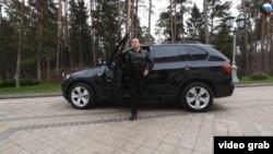 Дмитрий Медведев видеосыннан бер күренеш