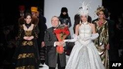 Вячеслав Зайцев на показе мод в Москве в 2013 году