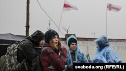 Марына Насенка падчас пратэсту супраць будоўлі каля Курапатаў
