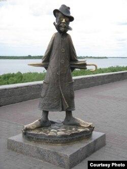 Çexovun Rusiyanın Tomsk şəhərindəki heykəli.