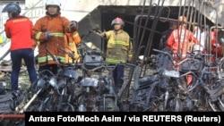 Pamje pas shpërthimeve në Indoezi.