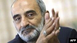 حسین شریعتمداری، نماینده رهبر جمهوری اسلامی در موسسه کیهان.