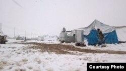 مخيم دوميز للاجئين السوريين تحت الثلوج