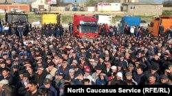 В апреле власти Дагестана обещали помощь дальнобойщикам