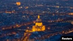 Вид на Париж с одного из беспилотников