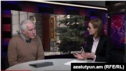 Տնտեսագետ Վահագն Խաչատրյանը «Ազատություն TV»-ի տաղավարում, 11-ը մարտի, 2015թ.