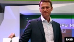 "Алексей Навальний расмийларнинг бу ҳаракати сайловнинг иккинчи давраси ""муқаррар"" бўлиб қолганини кўрсатади, демоқда."