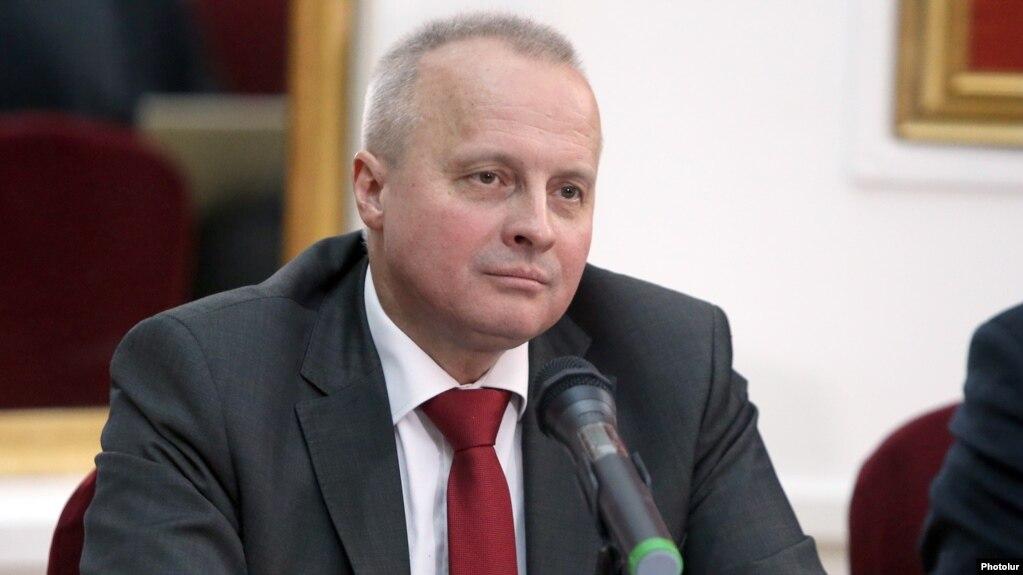 Это не столько политический, сколько правовой вопрос - посол РФ о находящихся в России бывших армянских чиновниках