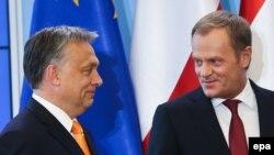 Orbán Viktor magyar miniszterelnök és Donald Tusk, az Európai Néppárt elnöke
