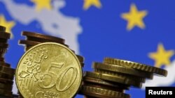 ارزیابی مهرداد عمادی درباره مخالفت بانک سرمایهگذاری اروپایی برای حضور در ایران