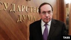 Думанын Билим берүү жана илим комитетинин жетекчиси Вячеслав Никонов.
