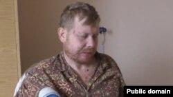 Владимир Жемчугов во время допроса в плену боевиков (скриншот сайта «Новостной фронт»)