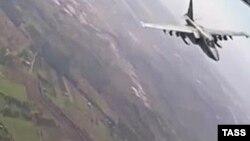Су-25 ҳарбий учоғи.
