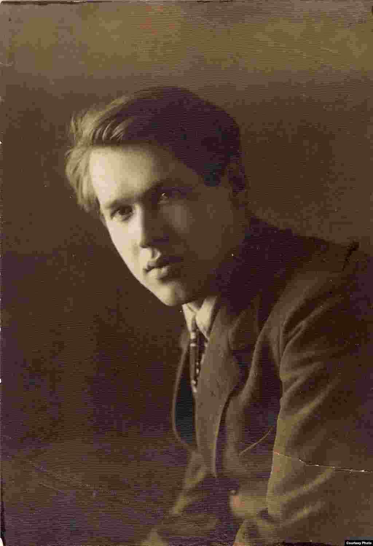 ;Уладзімер Дубоўка. 1925 г. З фондаў БДАМЛМ