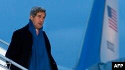 Джон Керри прибыл в Женеву 23 ноября 2013 года