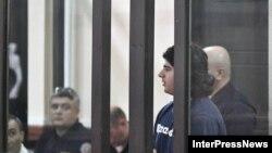 Семья Михаила Каландия убеждена, что он не должен находиться на скамье обвиняемых, что его пытаются оговорить