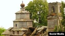 Церковь 1757 года постройки в селе Архангельские Кляри до реставрации