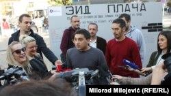 Stefan Blagić (u sredini): Kupovina skupocjenih automobila trenutno nije društveno poželjna