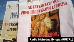Obilježavanje Evropskog dana borbe protiv trgovine ljudima, Mostar, 18. oktobar 2012. foto: Mirsad Behram