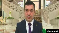 Täjigistan Türkmenistandaky Adatdan daşary we doly ygtyýarly ilçisi Farruh Homiddin Şarifzoda