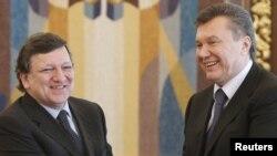 Барозу і Януковіч у Кіеве.