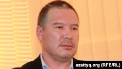 Оппозиционный политик Серикжан Мамбеталин. Алматы, 26 ноября 2013 года.