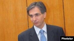 Министр финансов Армении Тигран Давтян (архив)