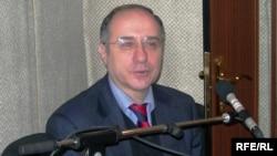 Jurnalist Etibar Babayev dostu ilə bağlı xatirələrini danışır, 2 fevral 2007