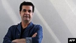 جعفر پناهی، کارگردان ۴۹ ساله ایرانی، برنده شیر طلایی جشنواره ونیز سال ۲۰۰۰