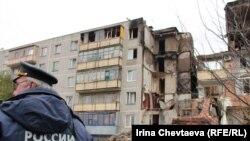 Разбор завалов на месте взрыва жилого дома в Бронницах