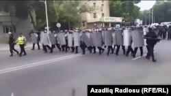 Azerbaijan. Mingechevir. Funeral of Bahruz Hajiyev and protest action - Police