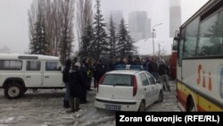 Serbs blocked the road for the bus full of asylum seekers on November 27.