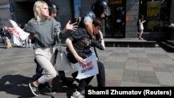 Повідомлялось про сотні затриманих під час акції 27 липня у Москві