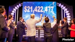 Armenia/US - The HayastanAll Armenian Fund ends an annual fundraising telethon, Los Angeles,22Nov,2012.