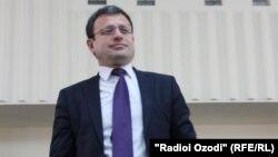 Председатель Союза журналистов Таджикистана Зиннатуллох Исмоилзода