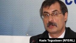 Евгений Жовтис, казахстанский правозащитник.