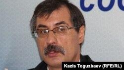 Руководитель Казахстанского бюро по правам человека Евгений Жовтис.