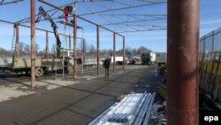 Puna për ndërtimin e objekteve në vendkalimin kufitar Jarinë
