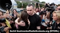 Азат ителгәннәр арасында Украига режиссеры Олег Сенцов та бар