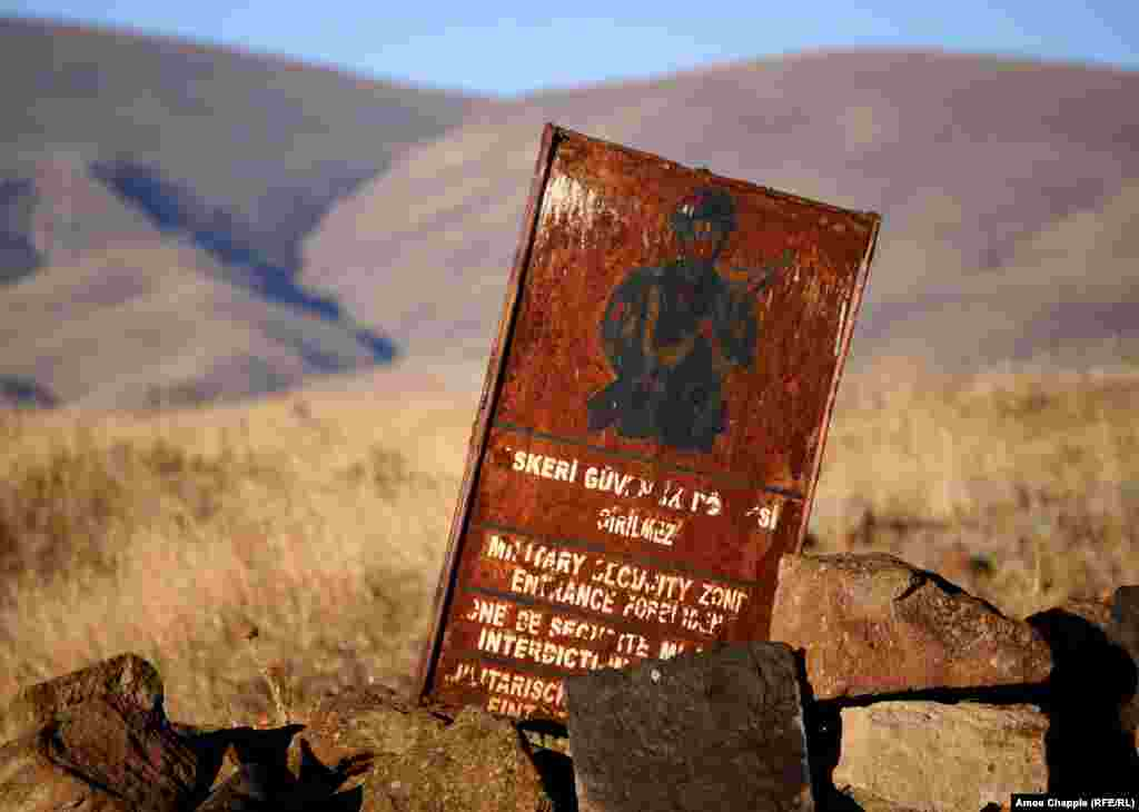 An outdated sign declaring a portion of Ani a military zone. The Turkish side of the border is demilitarized, but some areas of Ani remain off limits.