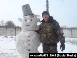 Редван Сулейманов на работе в Симферопольском СИЗО, 2012 год