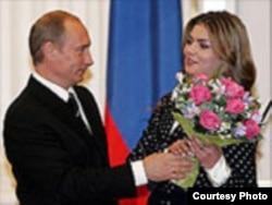 Владимир Путин и олимпийская чемпионка Алина Кабаева.